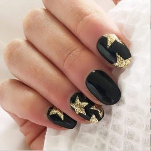 Черно-золотой маникюр — идеи дизайна, красивые идеи применения и варианты оформления ногтей в черном и золотом цвете (100 фото)