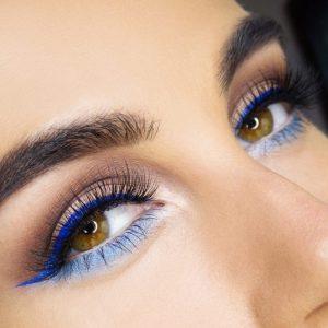 Синий макияж — стильные и яркие идеи применения синего цвета в макияже. Способы нанесения синего макияжа (140 фото)