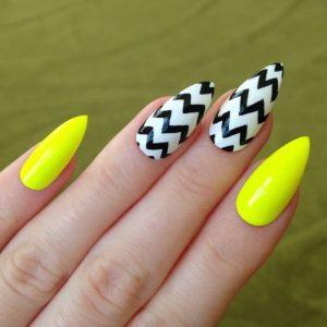 Современный желтый маникюр — лучшие актуальные и оригинальные идеи. Модные тенденции и идеальное сочетание + 125 фото новинок